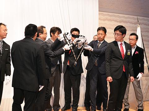 12月卒業例会 (16).JPG
