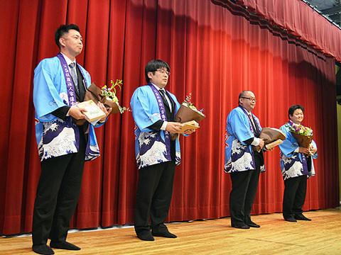 12月卒業例会 (20).JPG