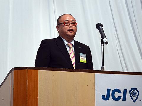 12月卒業例会 (5).JPG