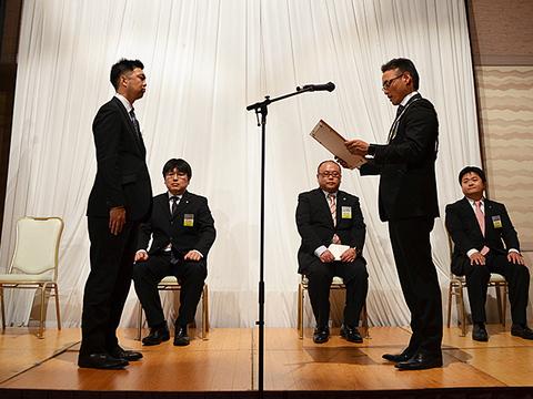 12月卒業例会 (9).JPG